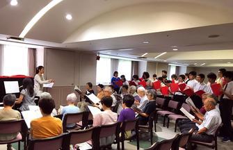 ヴィンテージ・ヴィラ横浜と星槎中学校・高等学校が歌の発表会に向けて合同練習を行いましたの画像