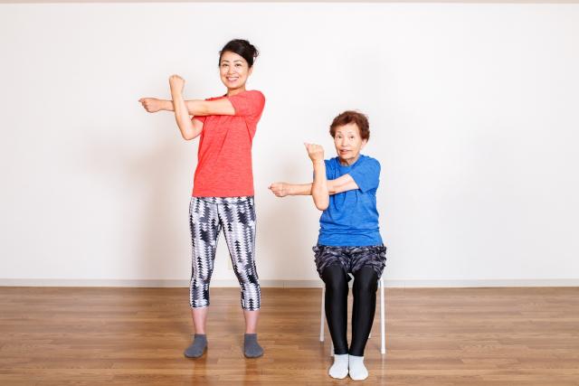 高齢者の筋トレ効果とは?簡単トレーニングや注意点もの画像