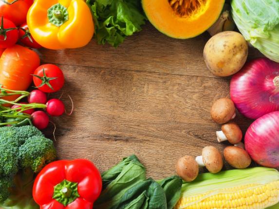高齢者が摂るべき栄養素とは?低栄養を防ぐためにできることの画像