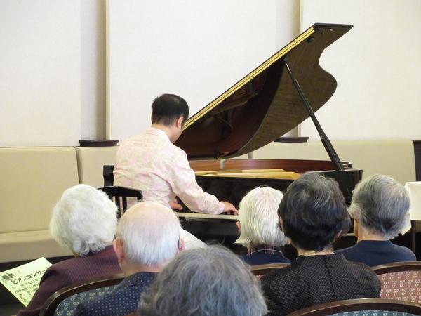 ヴィンテージ・ヴィラ横浜、春色ピアノコンサートを開催しましたの画像