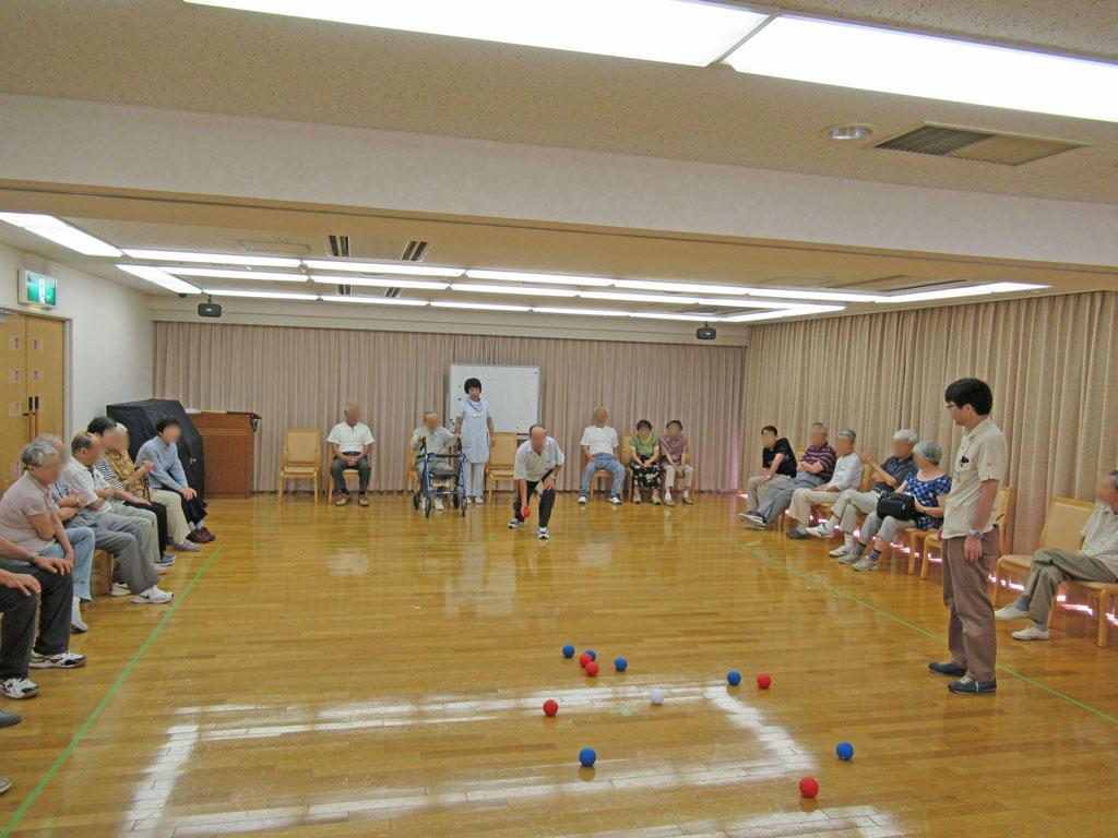 ヴィンテージ・ヴィラ横須賀でボッチャ大会を開催しましたの画像