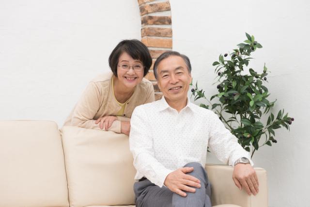 老人ホームの部屋は夫婦別々もあり?同室か別室か、それぞれのメリットの画像