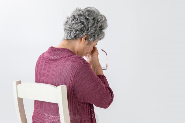 senior-woman-dizziness.png